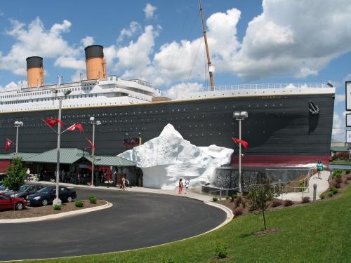 titanic-branson-exterior05.jpg