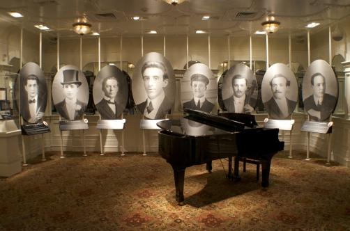 titanic-musicians-gallery06.jpg